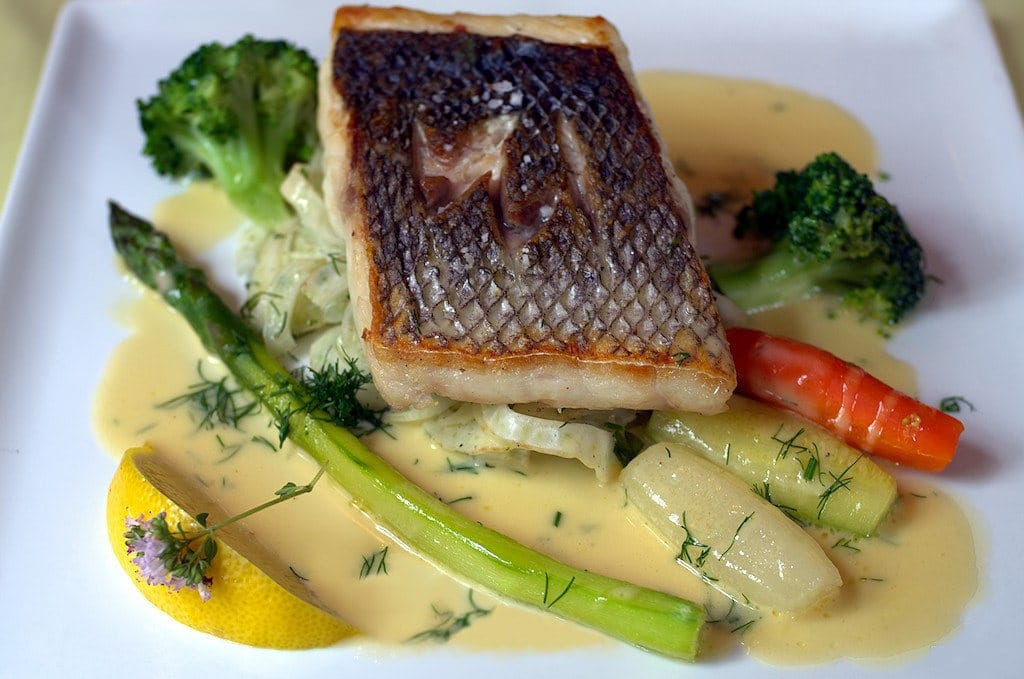 Sauce beurre blanc pour poisson - Sauce pour saumon grille barbecue ...