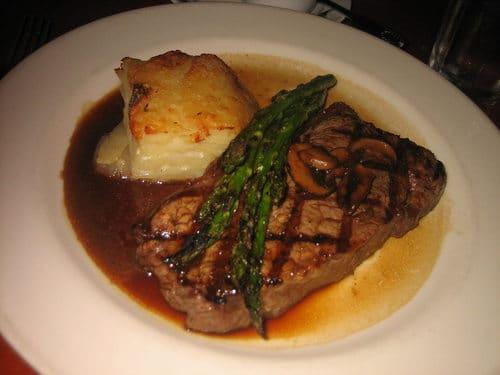 sauce madère et steak de boeuf